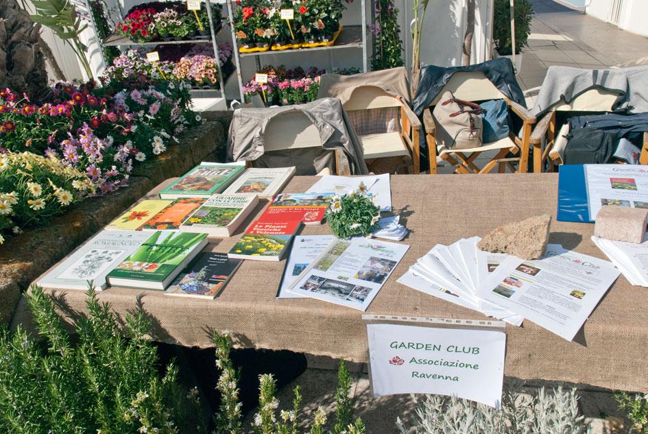 Eventi iniziative garden 2013 iole e marcello e le erbe 2013 garden club ravenna - Bagno fantini cervia ...